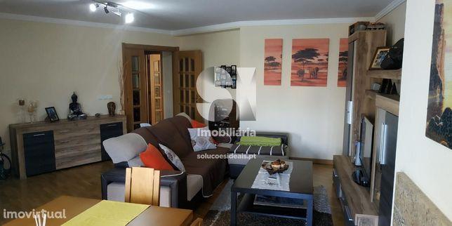 Apartamento T2 condomínio Águeda