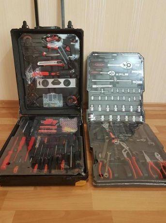 Чемодан (Плоскогубцы RB-0001) / ключи, набор / Инструменты 399 шт /
