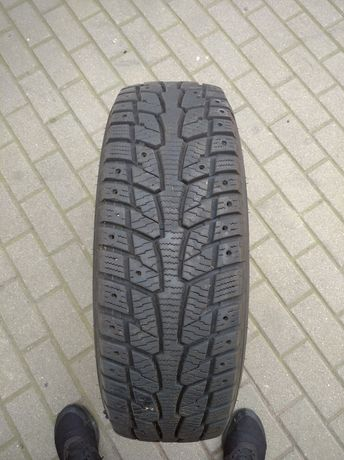 Hankook Winter I'Pike 215/65 16c 9,5 i 8mm