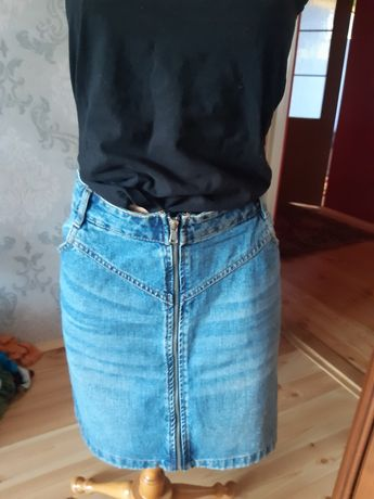 Spódnica jeansową 42