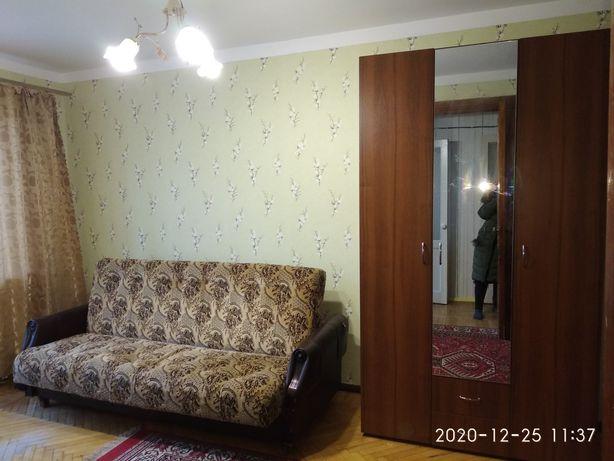Сдам комнату без хозяев для девушки на Филатова/ Варненская!