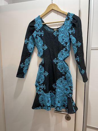 Vestido noite bordado em lurex