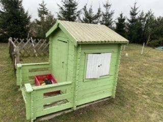 domek drewniany do ogrodu dla dziecka