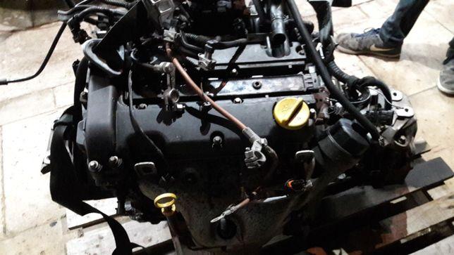 Opel corsa meriva agila combo 1,2 16 v głowica wal korbowy