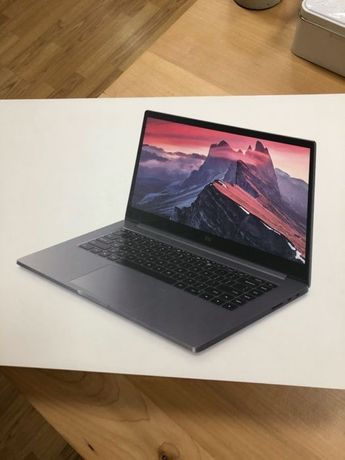 Xiaomi Mi Notebook Pro 15.6 Intel Core i7 8/256 GB SSD