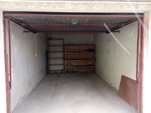 Wynajmę murowany garaż z prądem Tarnobrzeg Porucznika Sarny