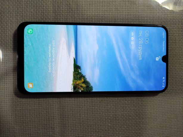 Продам Samsung A50  состояние 9.5 из 10