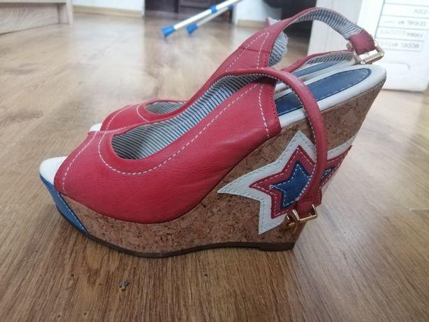 Sandały koturn obcas Jennifer