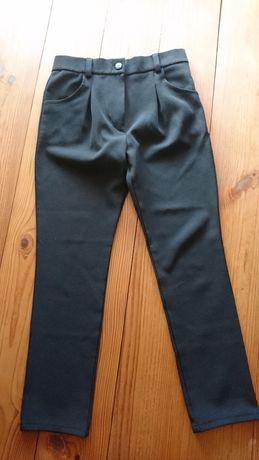 Школьные брюки для девочки 7-8 лет