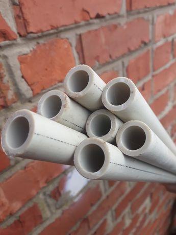 Труба пластиковая новая