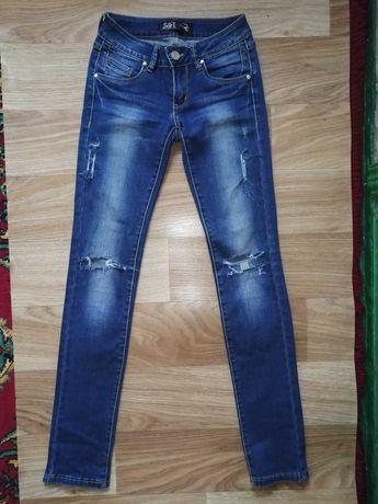 Женские джинсы Gucci