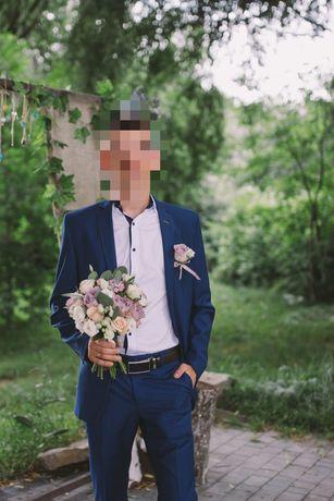 Костюм, весільний костюм