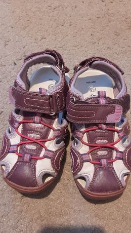 Buty dla dziewczynki roz30 dług 19 cent.
