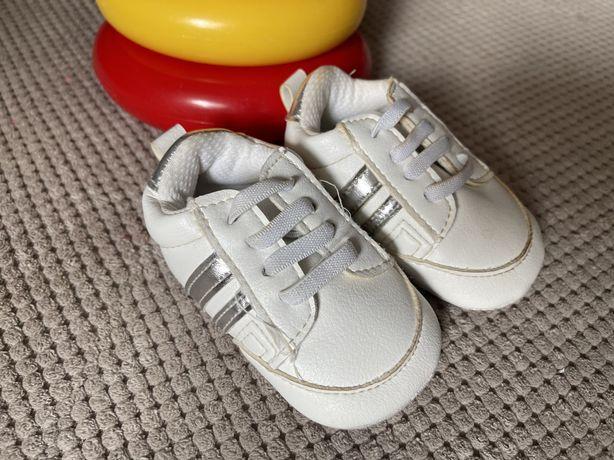 Кроссовки-кеды для самых маленьких