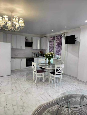 Продаж 2-кімнатної квартири в новобудові по вул.Зелена, 115.