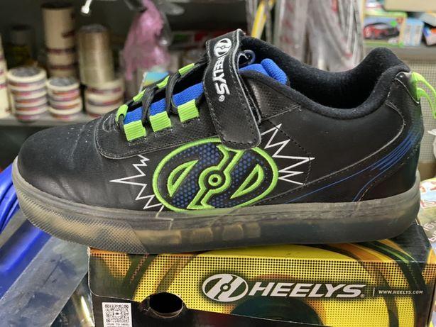 Роликовые кроссовки Heelys Pow X2 Lighted