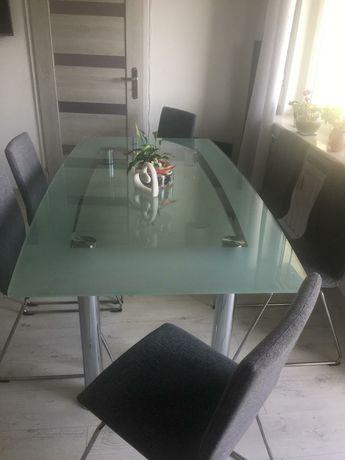Stół szklany oraz krzesła welurowe z ikea