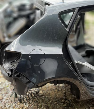 Błotnik prawy tył Seat Ibiza 6j LW7Z ćwiartka 5 drzwi LC9Z kombi