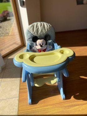 coneco krzesełko do karmienia 2 w 1