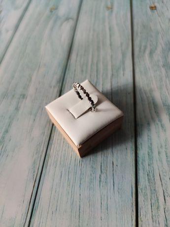 Nowa obrączka z serduszek, 925, śr. 18,5 mm
