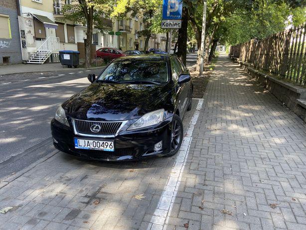 Sprzedam-Lexus IS 220d