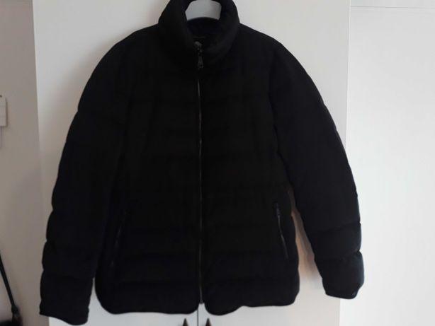 Czarna kurtka Zara puchowa r. L