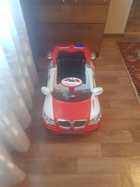 Продам детский электромобиль.Возможен торг