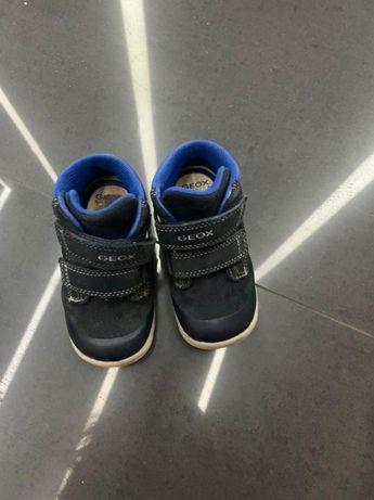 Детские демисезонные ботинки GEOX 23-го размера