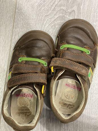 Коричневые ботиночки Clarks