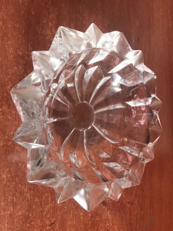 Cinzeiro em cristal