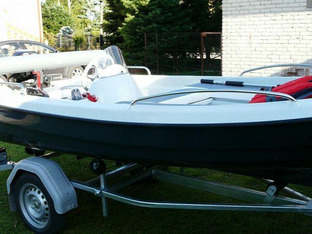 Łódka łódź wędkarska 385
