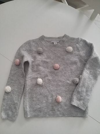 Sweterek rozm. 134