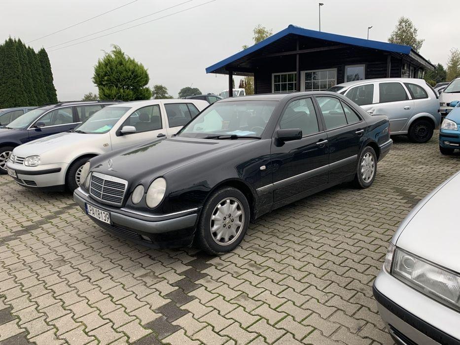 Mercedes e 280  sama brnzyna ladny czarny metalik Radzyń Podlaski - image 1