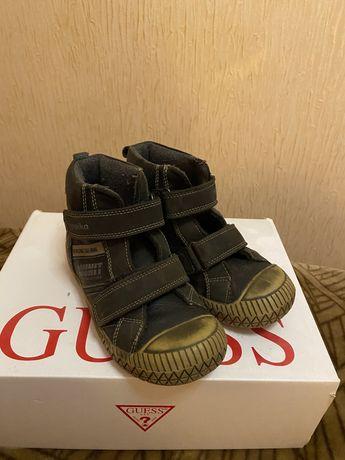 Продам демисезонные ботиночки Kapika р.30