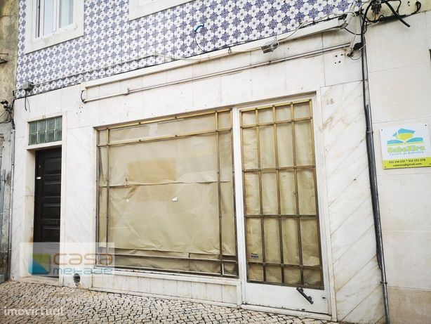 Loja com montra para arrendar no centro de Vila franca de...