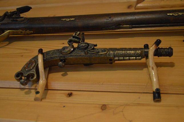 Pistolet skałkowy - ozdobny