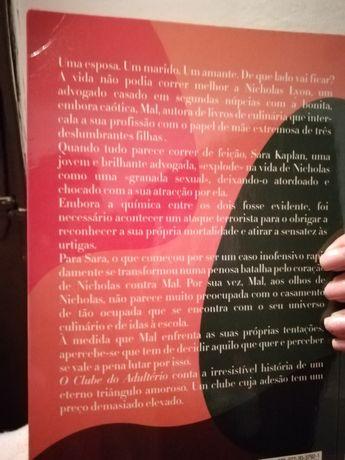 """Livro """"O clube do Adultério"""""""