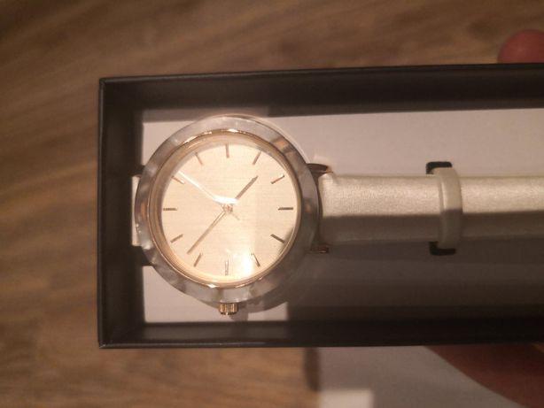 Zegarek damski MICHELLE AVON biało - różowy