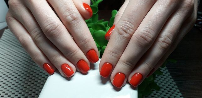 Маникюр Педикюр наращивание ногтей