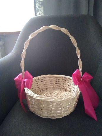 Koszyk wiklinowy prezentowy, na cukierki na ślub wesele