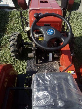 Продам трактор шефен 240