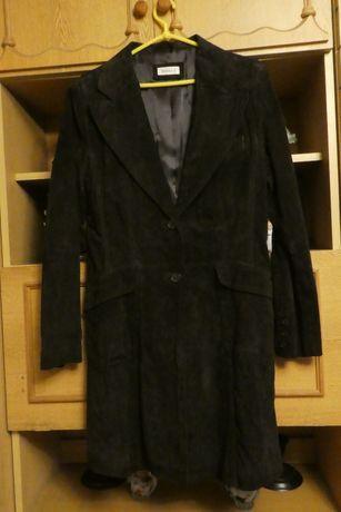 Lekki płaszcz zamszowy Yessica rozmiar L stan dobry.