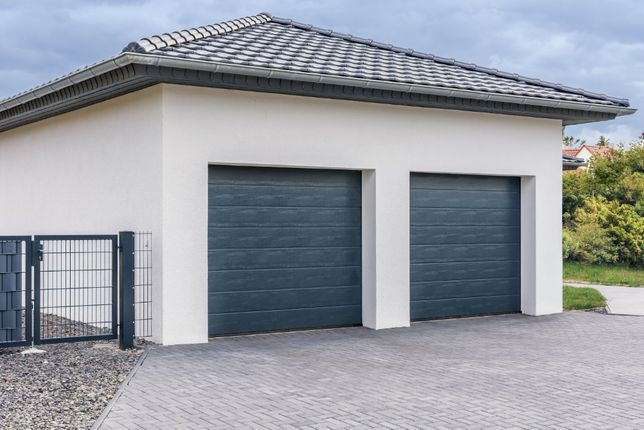 Producent Brama garażowa segmentowa Bramy garażowe przemysłowe2,5*2,14