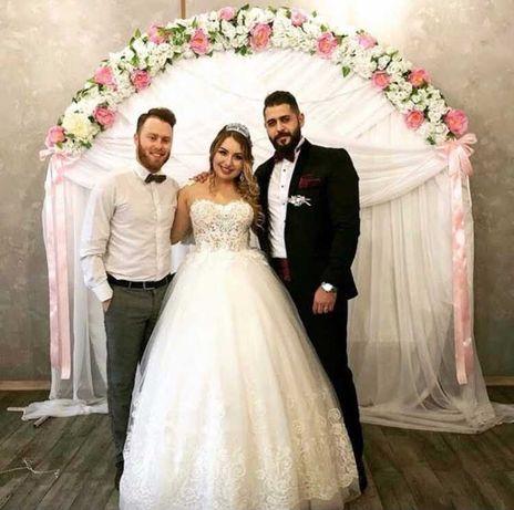 Платье Свадебное .
