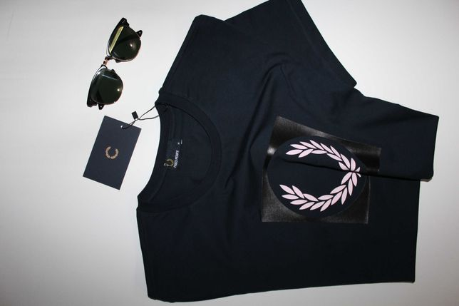 T`Shirt 11 Fred Perry