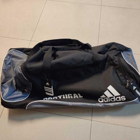 Saco desporto XL Adidas Portugal com sistema de troley