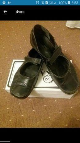 Продам кожаные туфли 38р