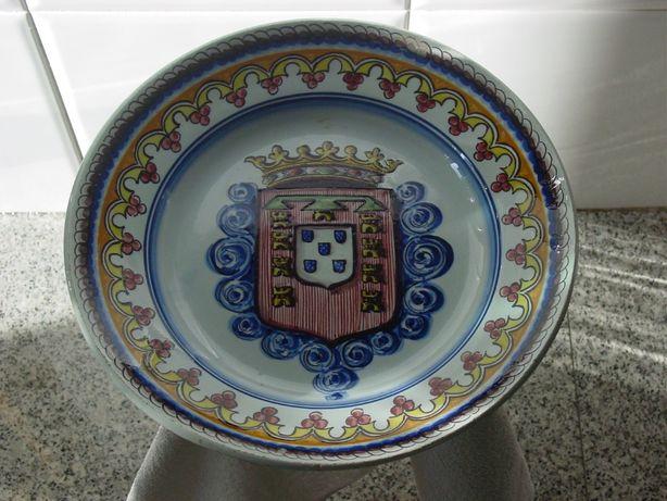 prato antigo em faiança (Outeiro - Águeda)