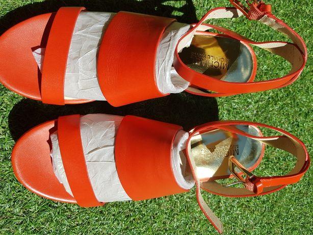 Michael Kors sandałki śliczne z logo na koturnie