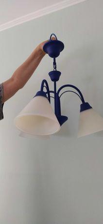 Lampa wisząca w pięknym kolorze